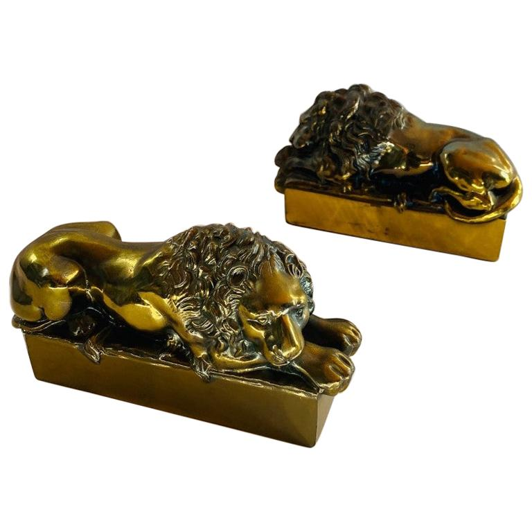 1940s Polished Bronze Plated Antonio Canova Lion Bookends For Sale