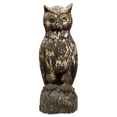1940s Primitive Hand Carved Wood Owl Statue with Original Weathered Patina