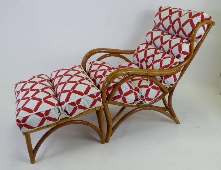 1940s Rattan Lounge Chair and Ottoman Paul Frankl Willow and Reed Style For Sale 8