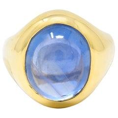 1940's Retro 11.56 Carats No Heat Ceylon Sapphire 18 Karat Gold Signet Ring