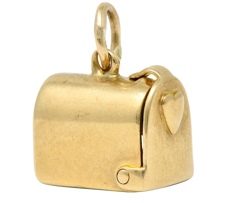 1940s Retro 14 Karat Gold Heart and Mailbox Charm In Excellent Condition In Philadelphia, PA