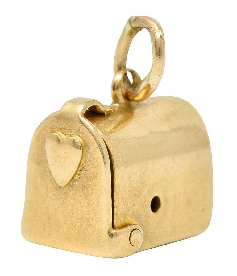 1940s Retro 14 Karat Gold Heart and Mailbox Charm 1