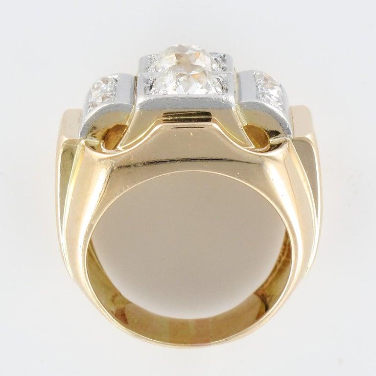 1940s Retro 2.30 Carat Diamonds 18 Karat Yellow Gold Platinum Tank Ring For Sale 7