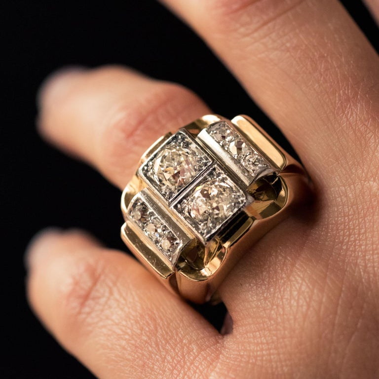 1940s Retro 2.30 Carat Diamonds 18 Karat Yellow Gold Platinum Tank Ring For Sale 8