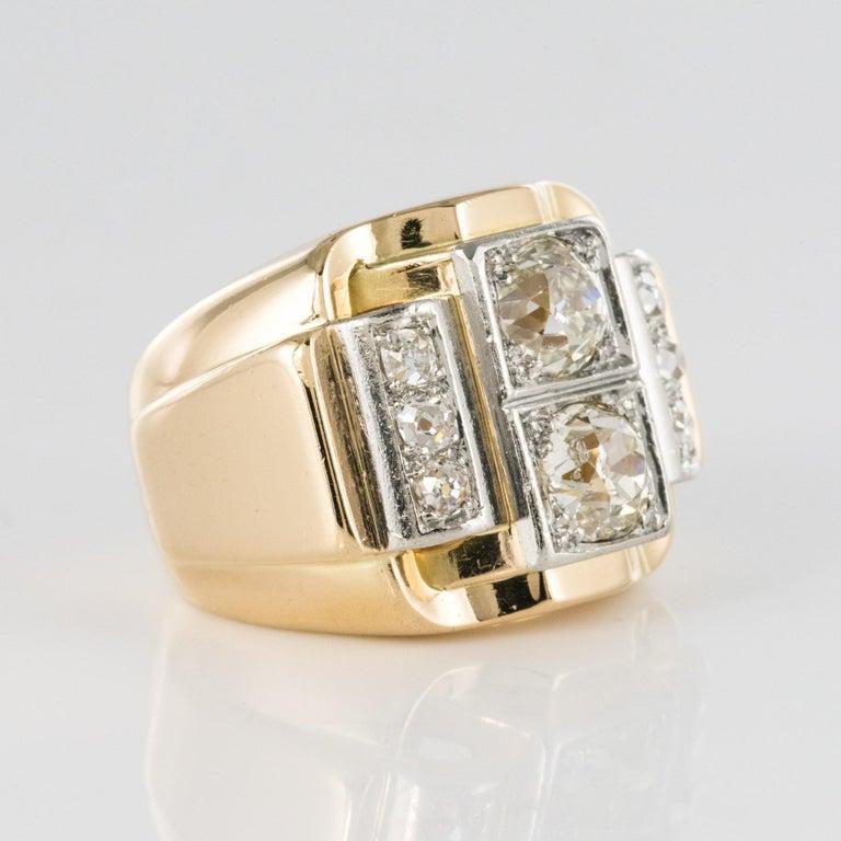 1940s Retro 2.30 Carat Diamonds 18 Karat Yellow Gold Platinum Tank Ring For Sale 10