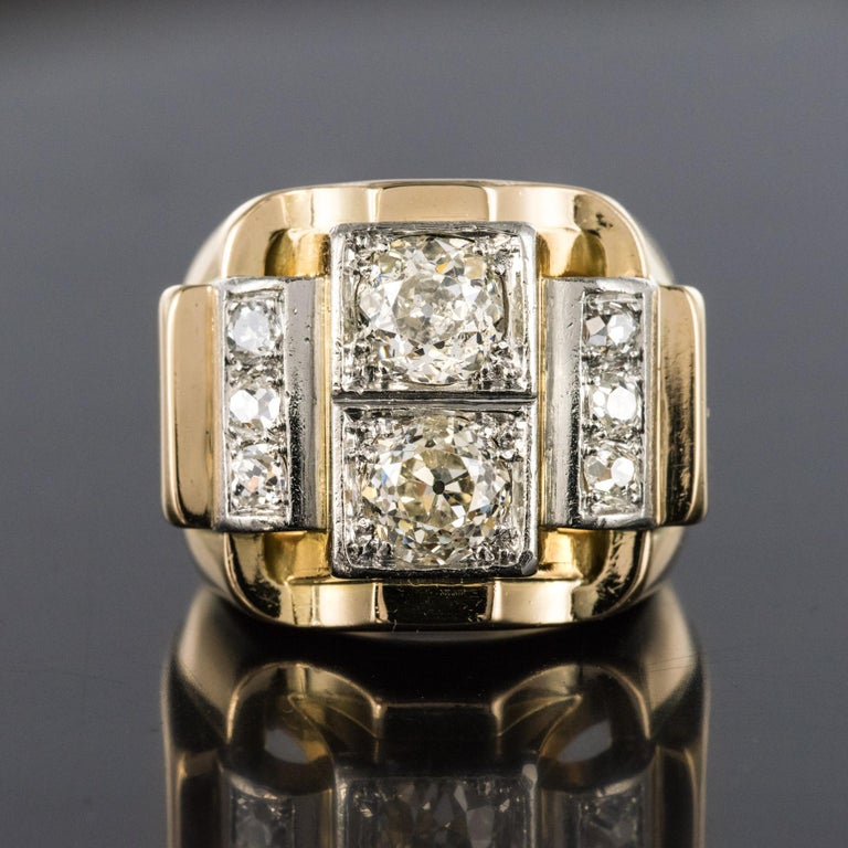 1940s Retro 2.30 Carat Diamonds 18 Karat Yellow Gold Platinum Tank Ring In Good Condition For Sale In Poitiers, FR
