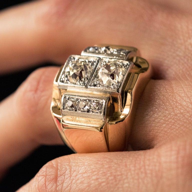 1940s Retro 2.30 Carat Diamonds 18 Karat Yellow Gold Platinum Tank Ring For Sale 2