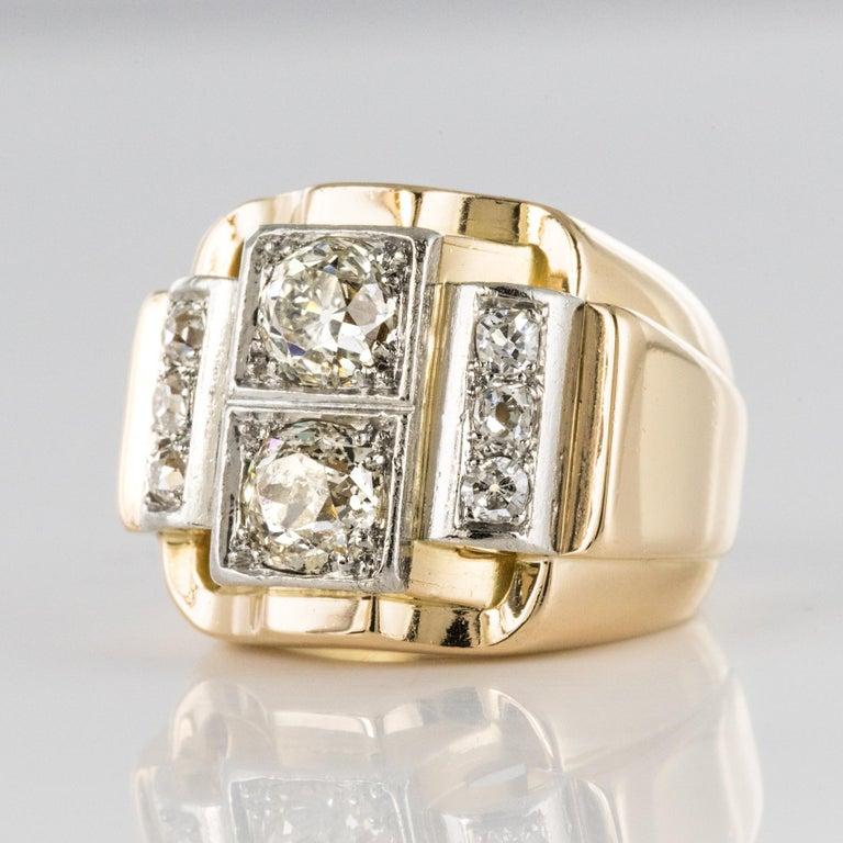 1940s Retro 2.30 Carat Diamonds 18 Karat Yellow Gold Platinum Tank Ring For Sale 3