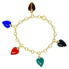 1940s Retro Agate 14 Karat Gold Heart Charm Bracelet