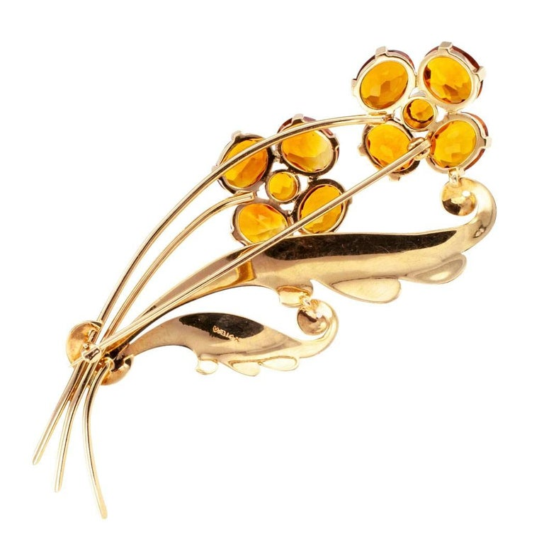 1940s Retro Citrine Flower Gold Brooch For Sale 1