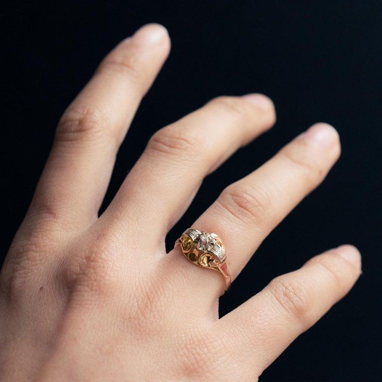 Women's 1940s Retro Diamond 18 Karat Yellow Gold Ring For Sale