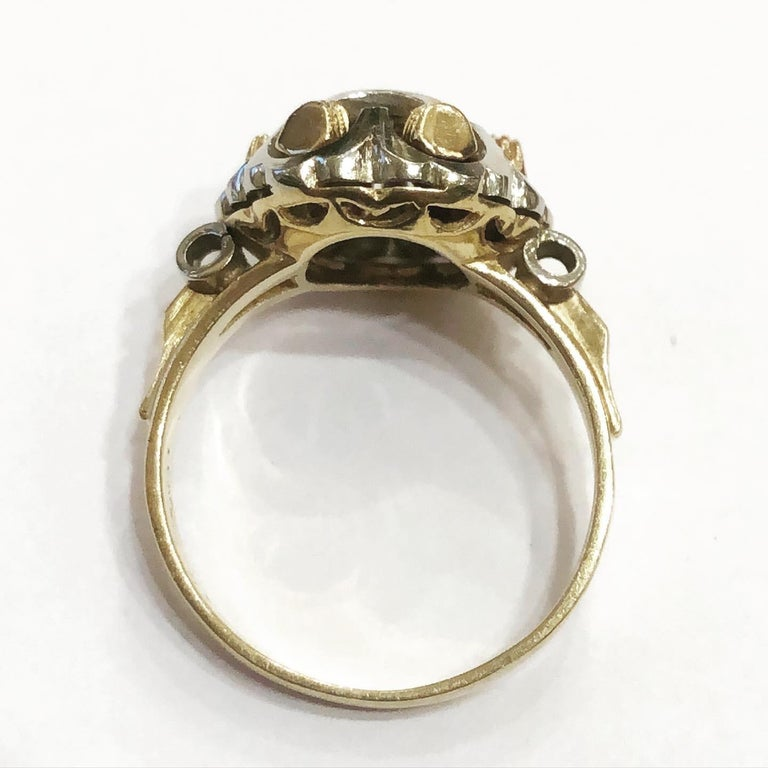 Ring in 18 karat yellow and white gold.  Superb tank ring, linear and geometrical design typical for this period. Circa 1935-1940 Brilliant diamond cut. Total approximate weight of the diamond: 0.2 carat. Total weight of the jewel: 3.14 g. US Ring
