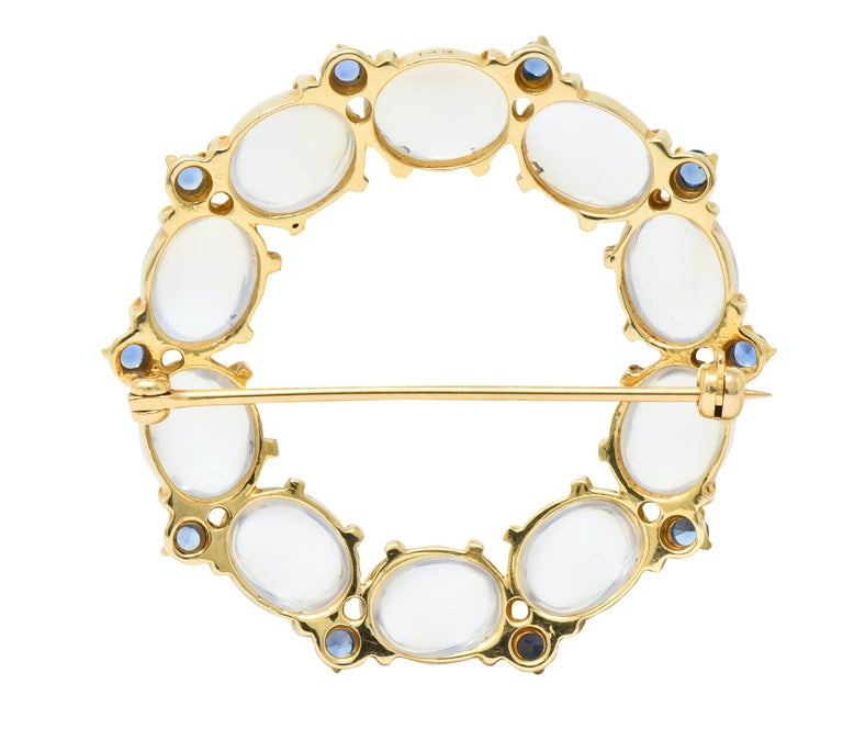 1940s Retro Sapphire Moonstone 14 Karat Gold Circle Pin Brooch In Excellent Condition For Sale In Philadelphia, PA
