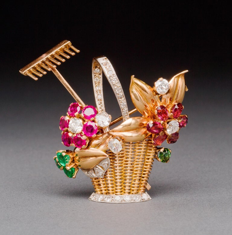 1940s Ruby, Emerald, Tourmaline and Diamond Gold Flower Basket Pin/Pendant In Excellent Condition For Sale In Lewiston, NY