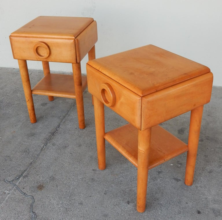 Maple 1940s Russell Wright Design American Modern Side Tables For Sale