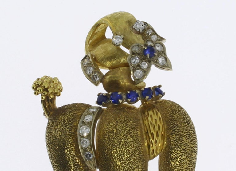 1940s Sapphire Diamond Gold Poodle Brooch For Sale 3