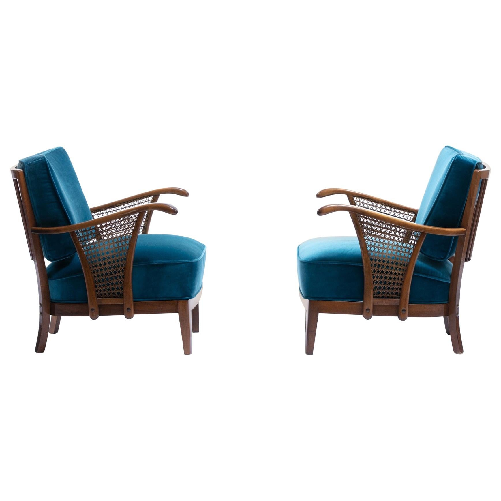 Pair of Scandinavian Lounge Chairs Attributed to Soren Hansen for Fritz Hansen