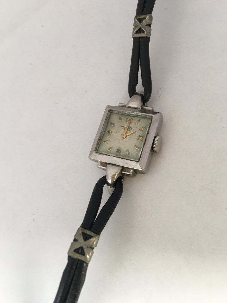 1940s Stainless Steel Mechanical Ladies Universal Geneve Watch For Sale 8
