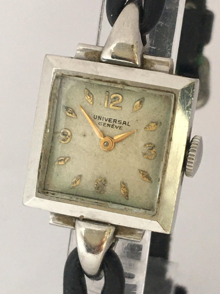 1940s Stainless Steel Mechanical Ladies Universal Geneve Watch For Sale 2