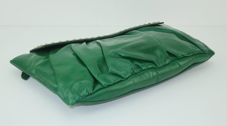 Women's 1940's Studded Emerald Green Leather Clutch Handbag For Sale