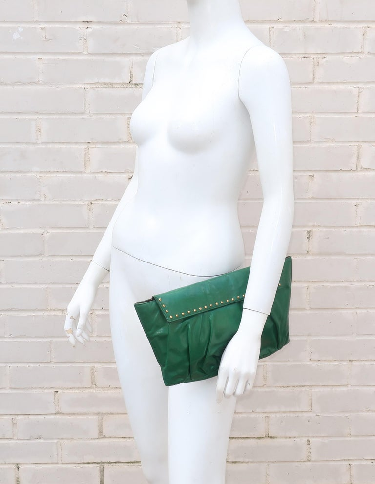 1940's Studded Emerald Green Leather Clutch Handbag For Sale 4