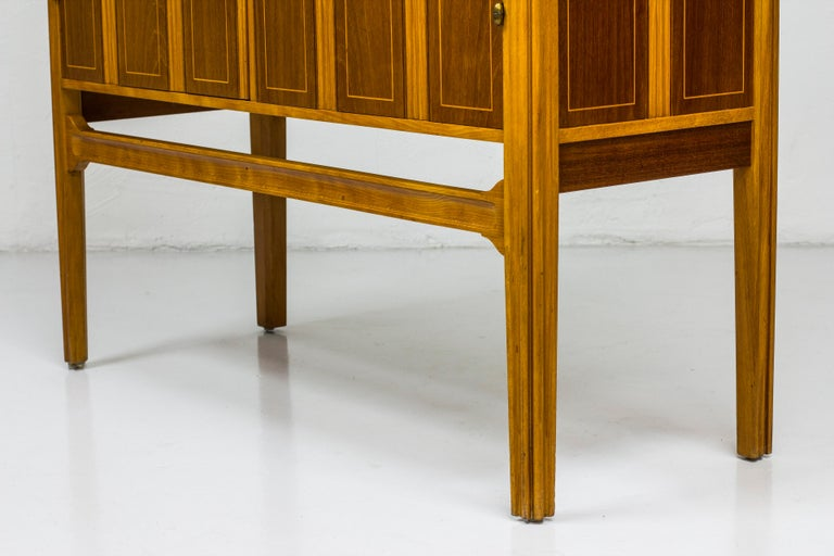 1940s Swedish Modern Cabinet with Marquetry In Good Condition For Sale In Stockholm, SE