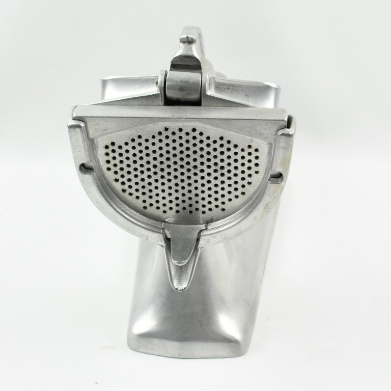 Industrial 1940s Swiss Aluminum Mechanical Lemon Squeezer Juicer For Sale
