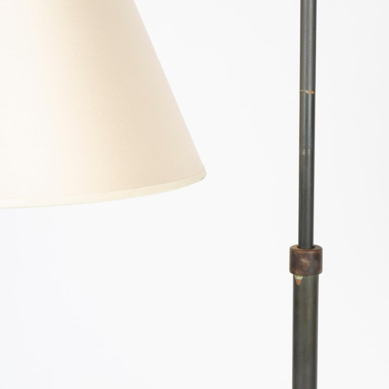 1940s Swiss Telescoping Brass Floor Lamp by Sigfried Giedion for B.A.G. Turgi In Good Condition For Sale In Sagaponack, NY