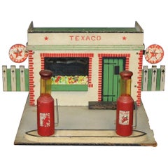 1940s Texaco Service Station Model by Rich Toys