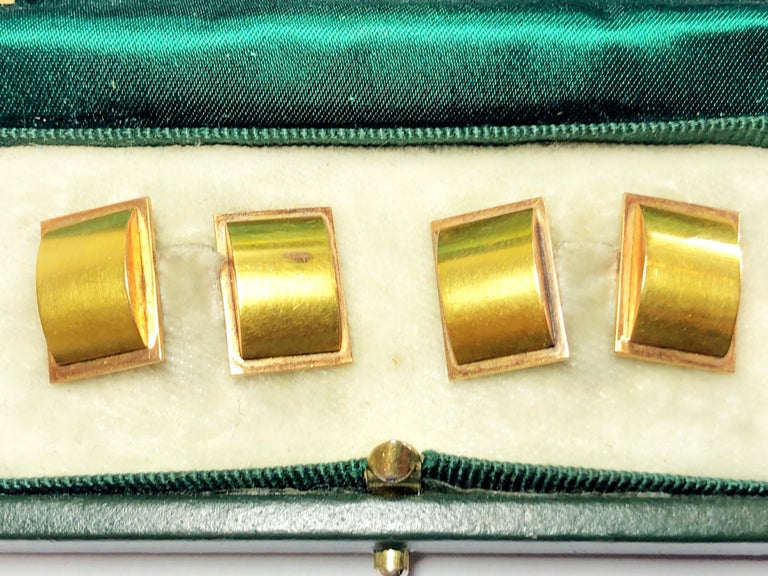 1940s Two Color Gold Cufflinks In Good Condition For Sale In London, GB
