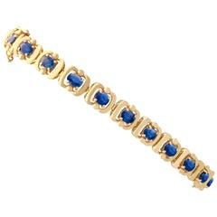 1940s Vintage 4.60 Carat Blue Sapphire Yellow Gold Bracelet