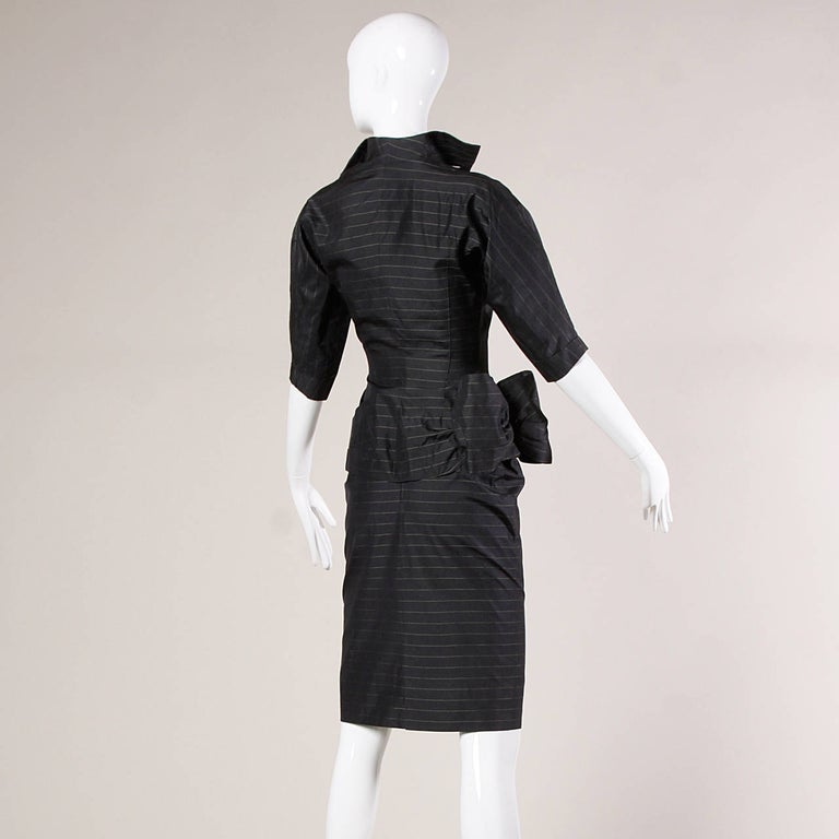 1940s Vintage Couture Silk & Wool Pin Striped Jacket + Skirt Suit Ensemble In Excellent Condition For Sale In Sparks, NV