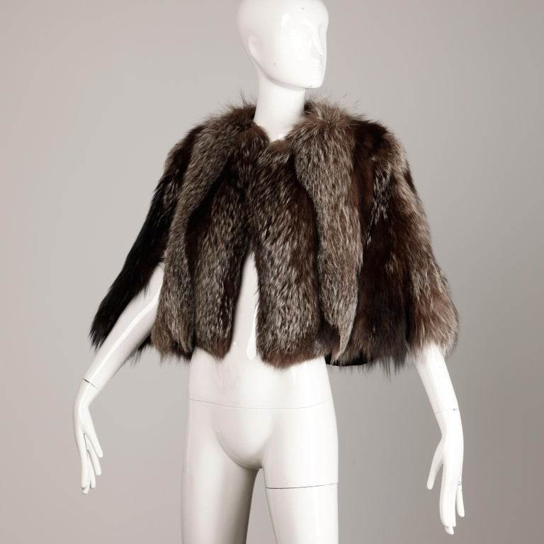1940s Vintage Crystal Fox Fur Cape or Jacket For Sale 3