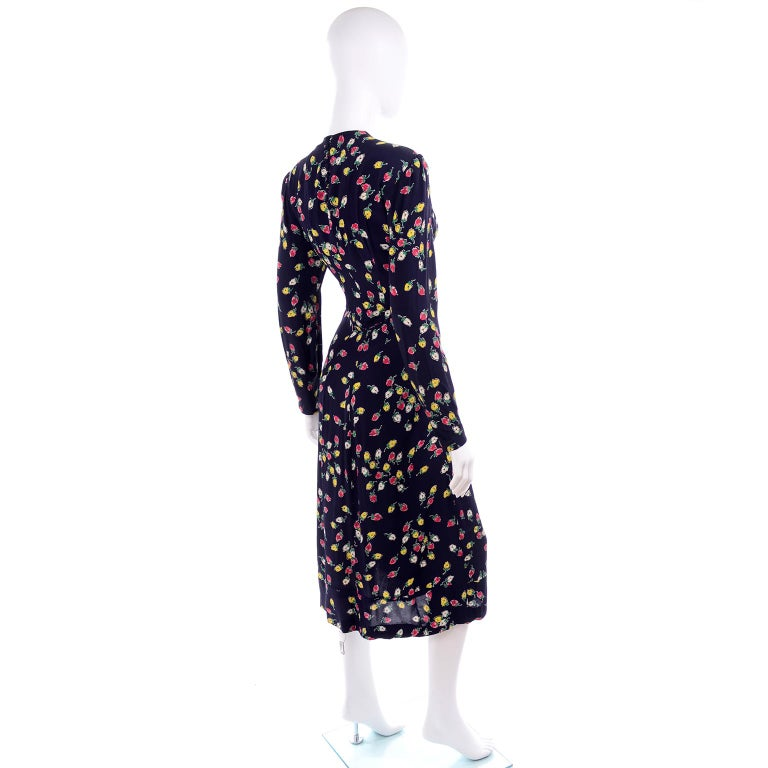 Women's 1940s Vintage Dress in Navy Blue Pink & Yellow Rosebud floral Rayon Print For Sale