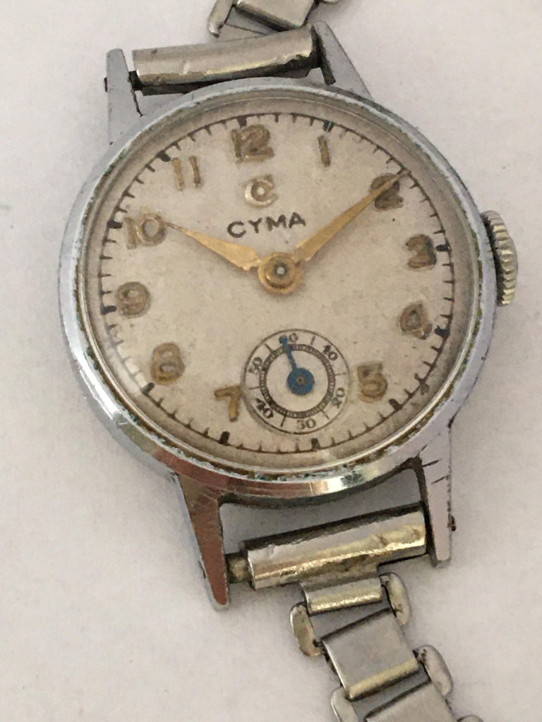 1940s Vintage Stainless Steel Ladies Cyma Mechanical Watch For Sale 2