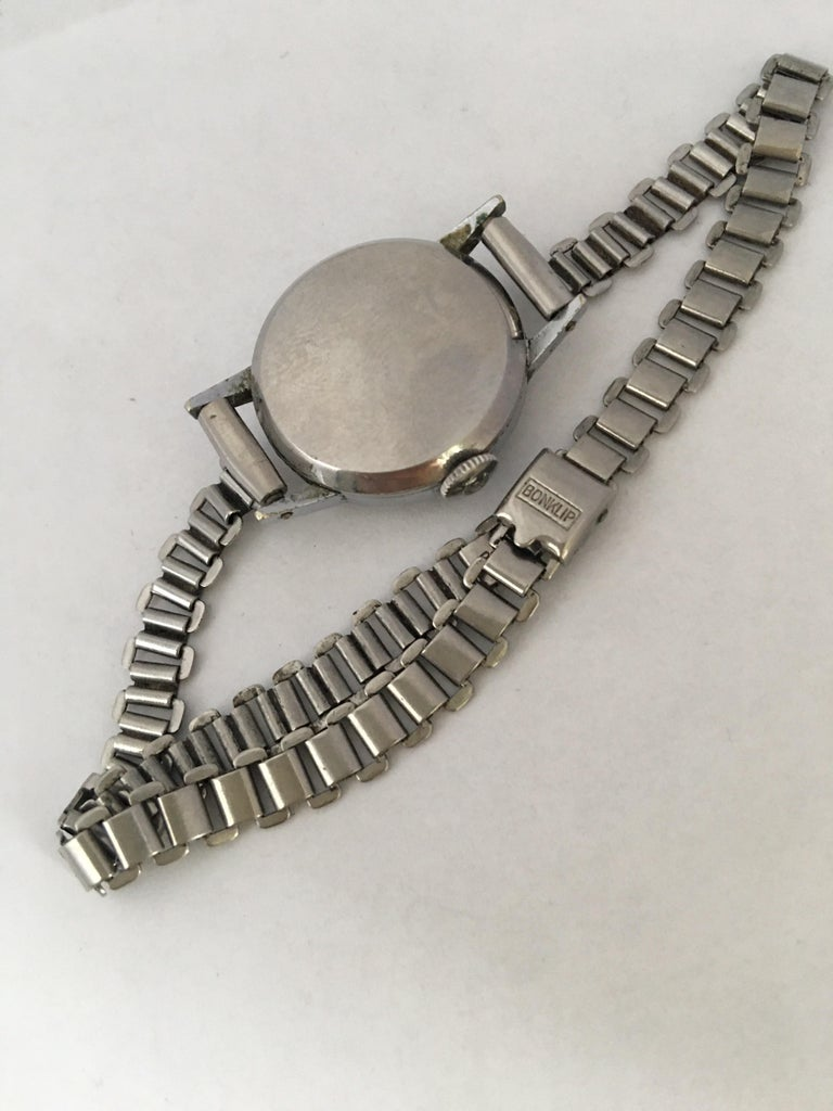 1940s Vintage Stainless Steel Ladies Cyma Mechanical Watch For Sale 4