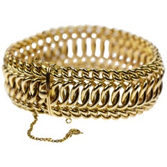 1940s Wide Band Woven Curb Bracelet in 18k Yellow Gold Retro Vintage