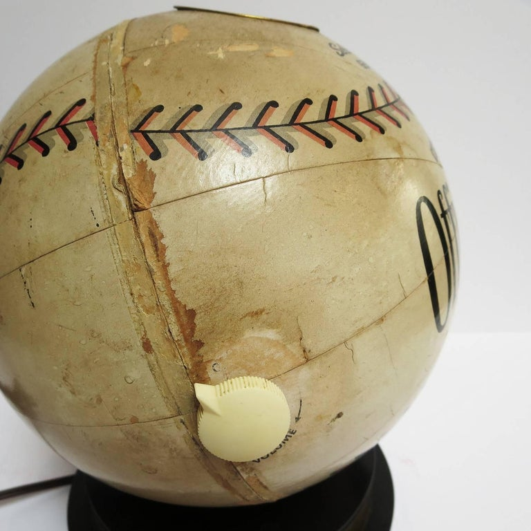 1941 Trophy Baseball Radio, Working Condition For Sale 2