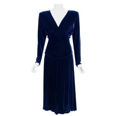 1942 Paquin Haute Couture Documented Blue Silk Velvet Sculpted Shelf-Bust Dress