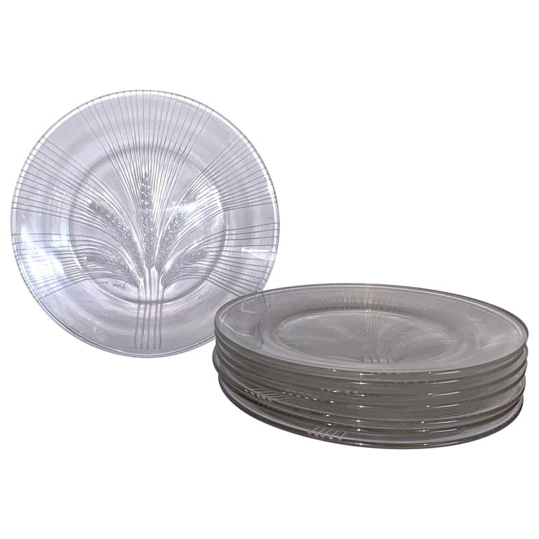 1945 René Lalique France Set of 8 Verneuil Crystal Plates, Corn Design For Sale