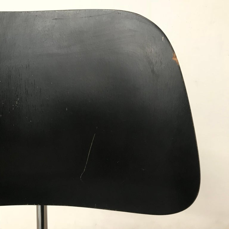 1946, Ray & Charles Eames for Herman Miller, DCM in Painted Black Version For Sale 6