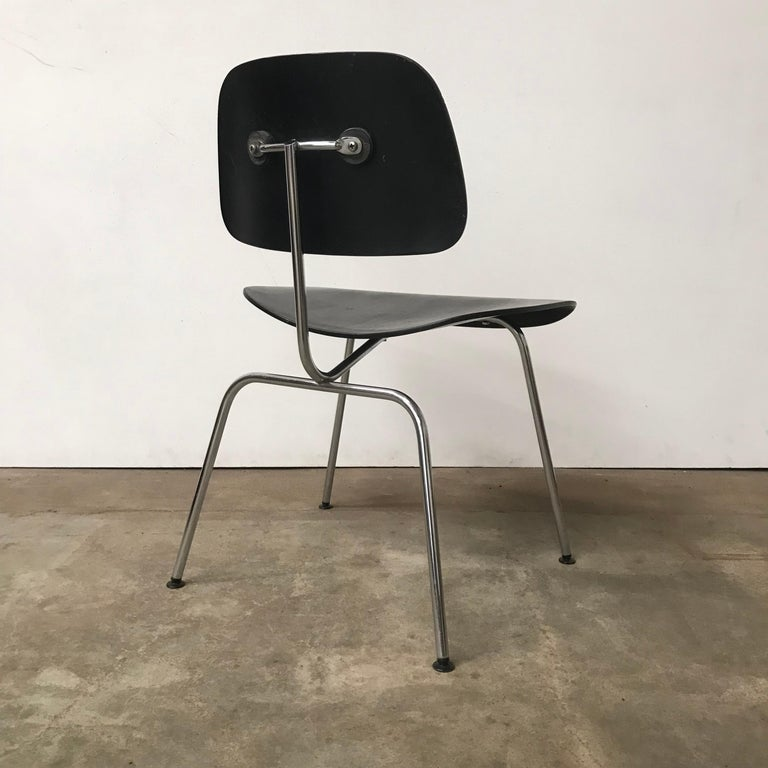 American 1946, Ray & Charles Eames for Herman Miller, DCM in Painted Black Version For Sale