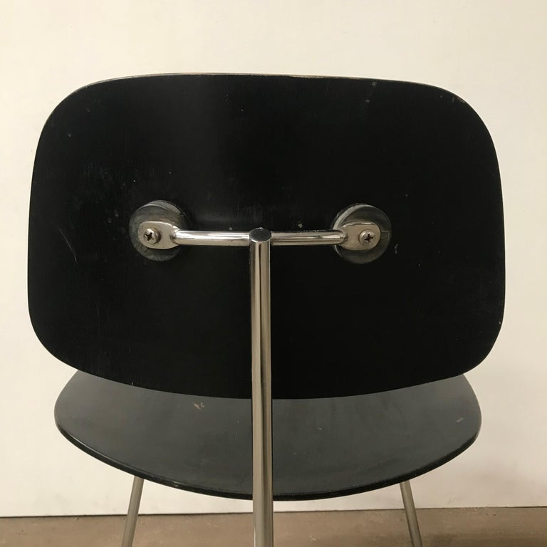 1946, Ray & Charles Eames for Herman Miller, DCM in Painted Black Version For Sale 2