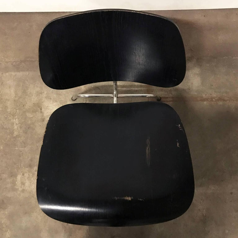 Metal 1946, Ray & Charles Eames for Herman Miller, Black LCM Chair For Sale