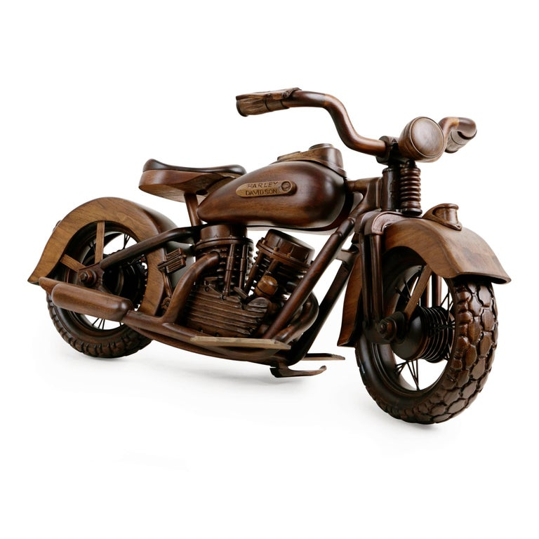 Large-Scale Carved Wood 1948 EL Panhead Harley Davidson with Display Case In Good Condition For Sale In Los Angeles, CA