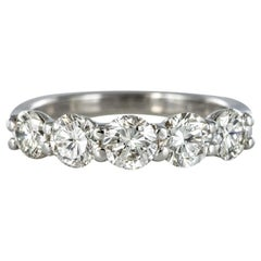 1.95 Carat E.VVS Diamond 18 Karat White Gold Wedding Ring