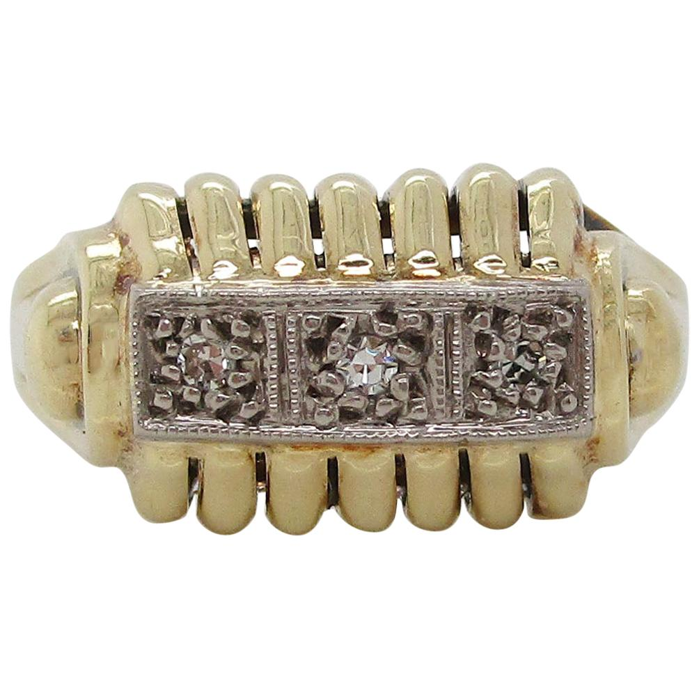1950 14 Karat Yellow Gold Three-Stone Diamond Midcentury Ring