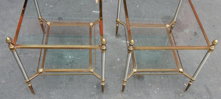 Pair of coffee table with shelf in glass, top in glass, amounts ended with acorns and barrels with cases iron skates typical rifle barrel of this mark Good condition, circa 1950-1970.