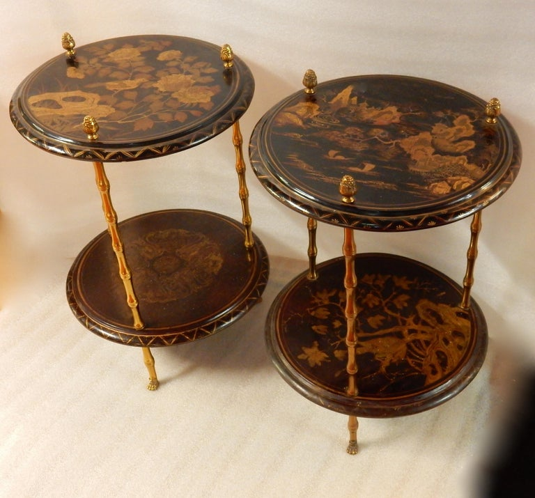 Neoclassical 1950-1970 Pedestal in Gilt Bronze with Chinese Lacquer Tray, Pair For Sale