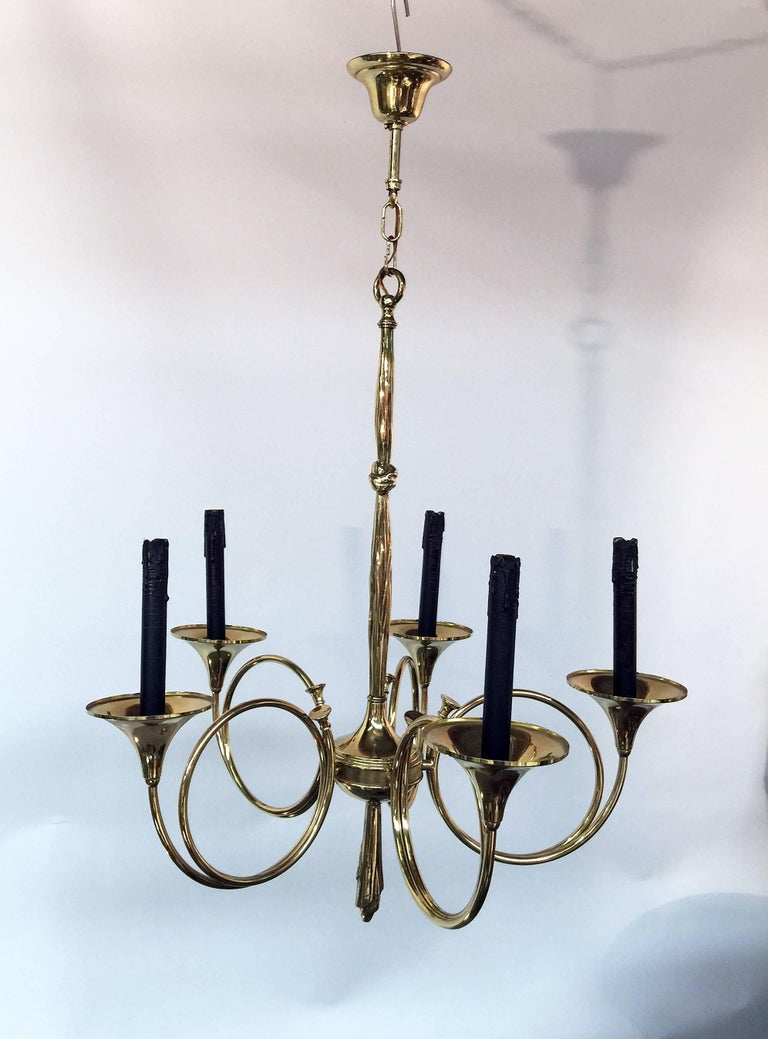 Mid-Century Modern 1950 Brass Chandelier with Hunt Design in the Style of Maison Jansen For Sale